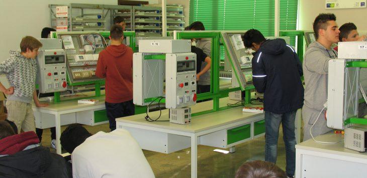 laboratorio operatore elettrico