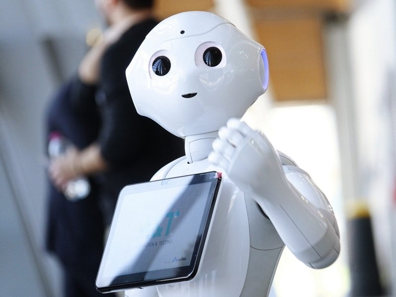 robot educativi pepper androide